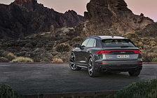 Обои автомобили Audi RS Q8 (HN-RS-8011) - 2020