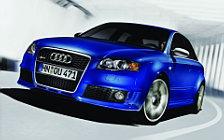 Обои автомобили Audi RS4 - 2005