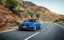 Обои автомобили Audi RS4 Avant - 2017